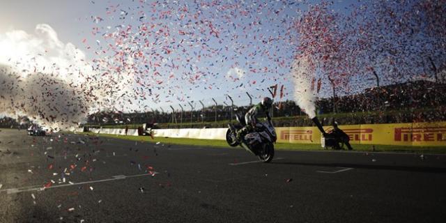 Byrne becomes 2014 British Superbike champion