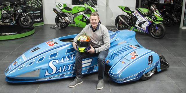 Chris Walker makes surprising sidecar switch