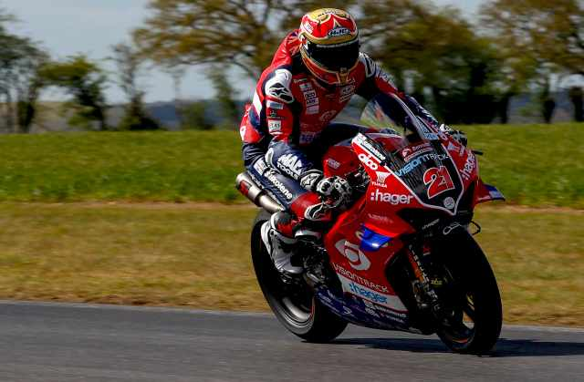 Christian Iddon - VisionTrack Ducati [credit: Ian Hopgood].jpg