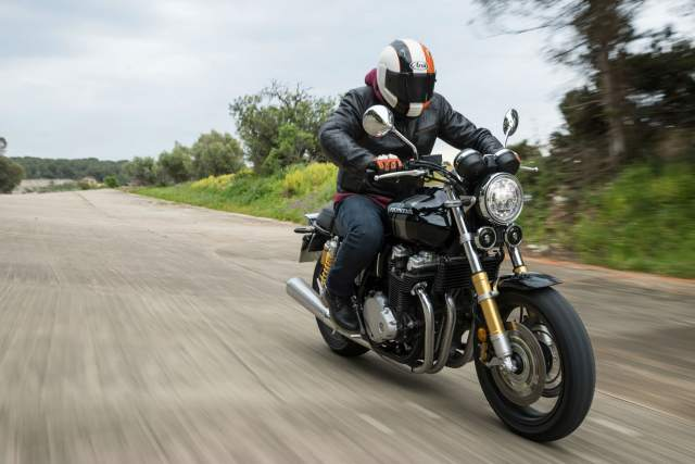 Honda CB1100 RS/EX & CMX500 Rebel video review