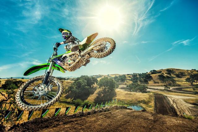 Kawasaki reveals 2018 KX motocross range