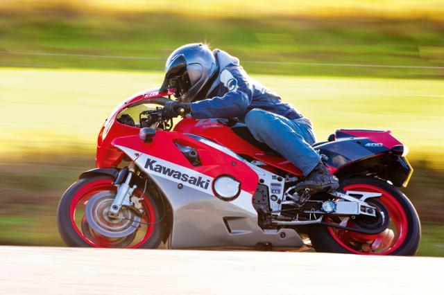 Top 10 used 400cc sports bikes
