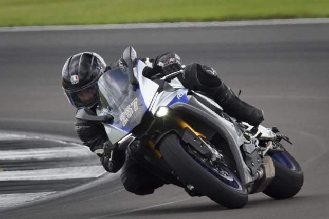 Yamaha R1 Trackday