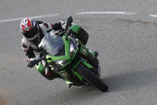Kawasaki Z1000SX video review