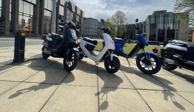 niu electric scooter commuter