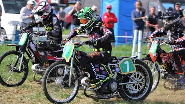 grass track Sam Norris