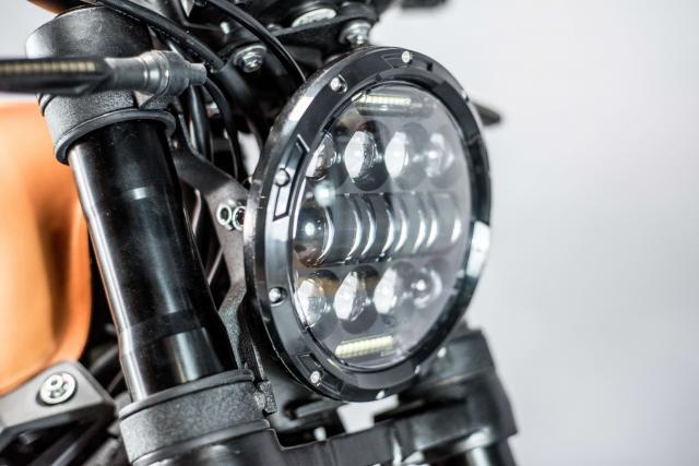 herald headlight