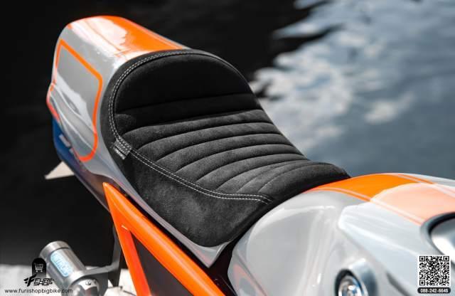 Honda Grom Cafe racer custom suede seat