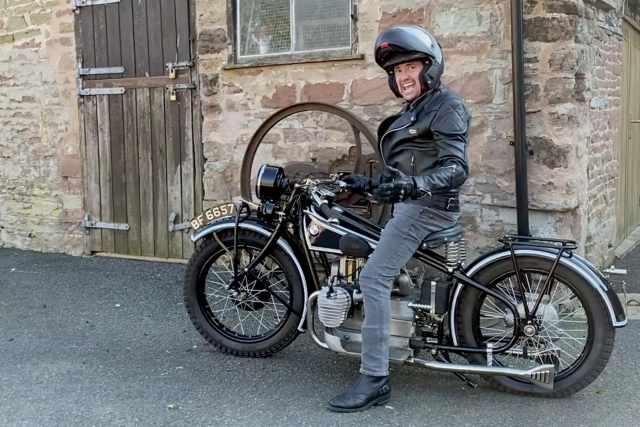 Richard Hammond on vintage BMW