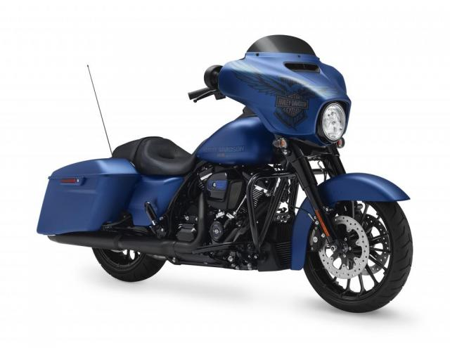 Harley-Davidson Street Glide Special anniversary model