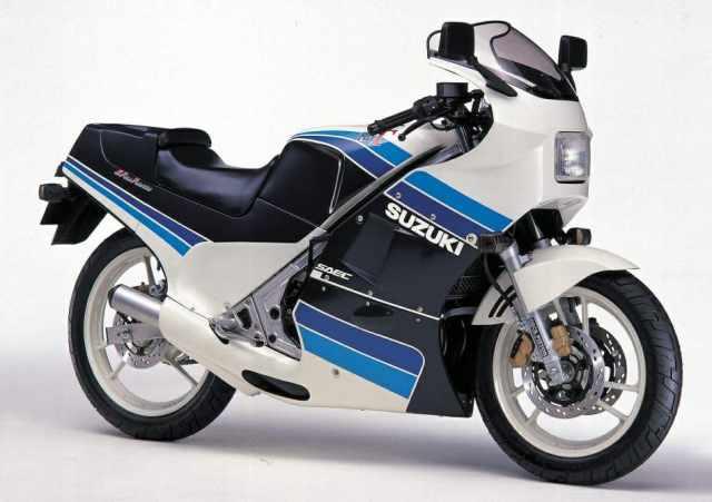 suzuki-rg-250-gamma-1985[1].jpg