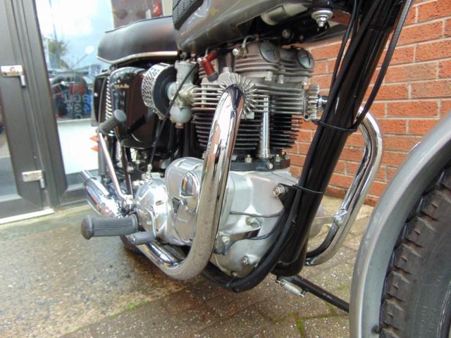 Triumph Bonneville T120R   Bike of the week
