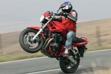 Niall's Spin: 2006 Suzuki Bandit 650
