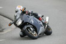manual Buyer Guide: Honda CBR1100XX Super Blackbird