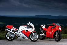 Class of '93: Ducati 888 SP5 vs Yamaha OW01