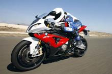 traction control 2011 BMW S1000RR vs. 2012 S1000RR track review