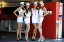 pit babes gallery WSB 2013: Grid girl gallery: Aragon, Spain
