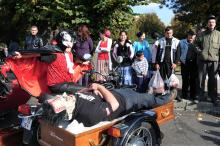 weird news 'Vampire fanatic' rides to Dracula's Castle for Halloween