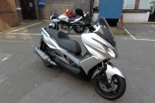 First look: 2014 Kawasaki J300