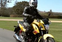 Video review: Honda CB125F road test