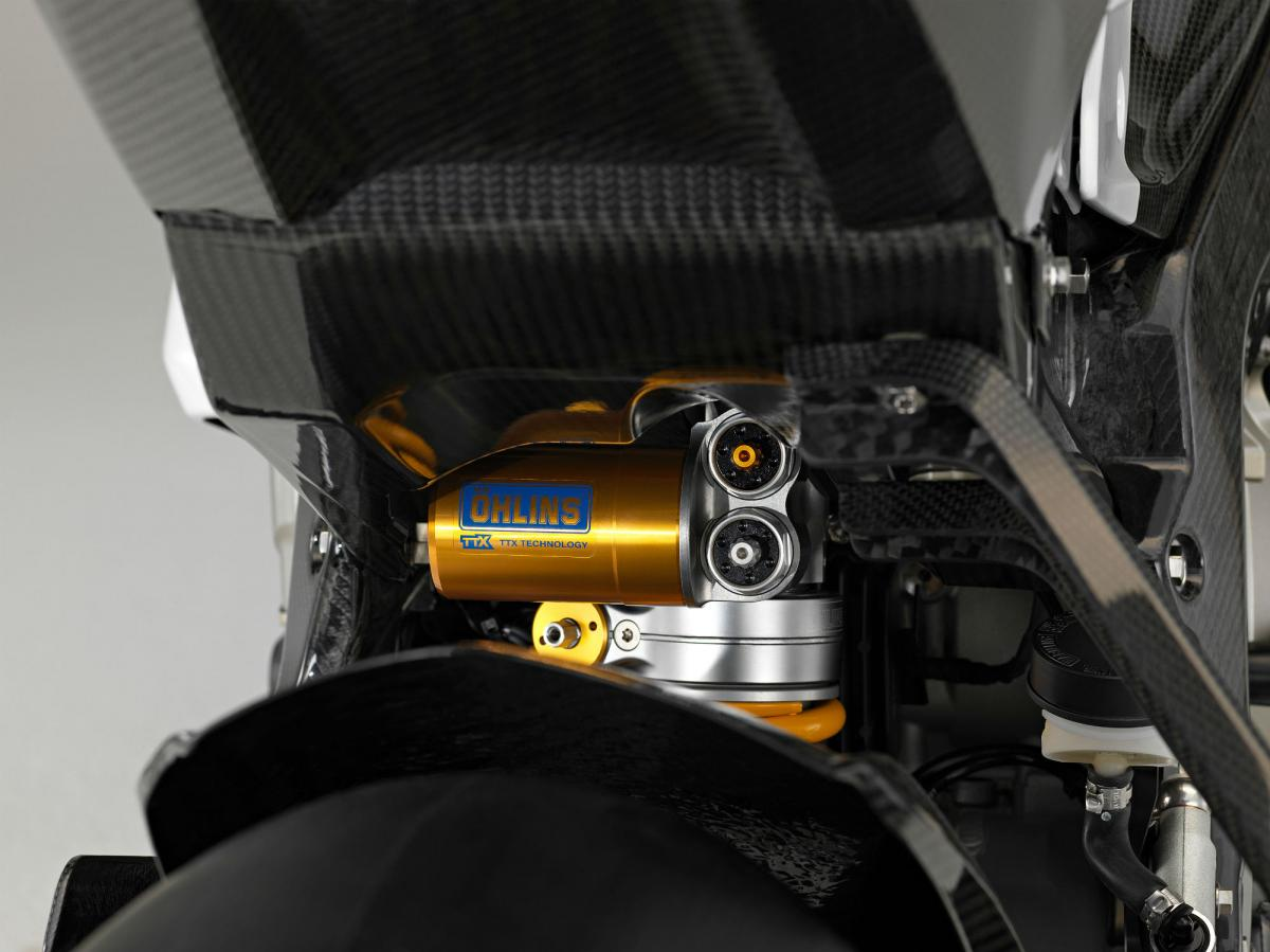 Bmw Hp4 Race Carbon Specs And Uk Price Revealed Visordown