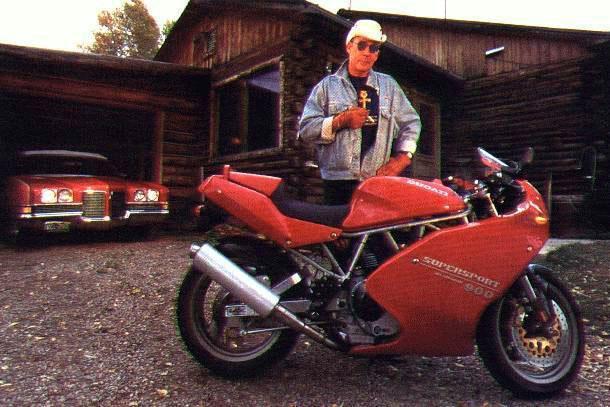 Hunter S Thompson Reviews The Ducati 900SS