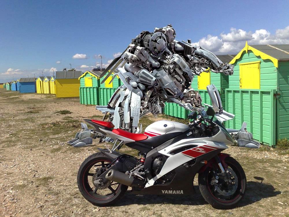 Living with a 2008 Yamaha YZF-R6 | Visordown