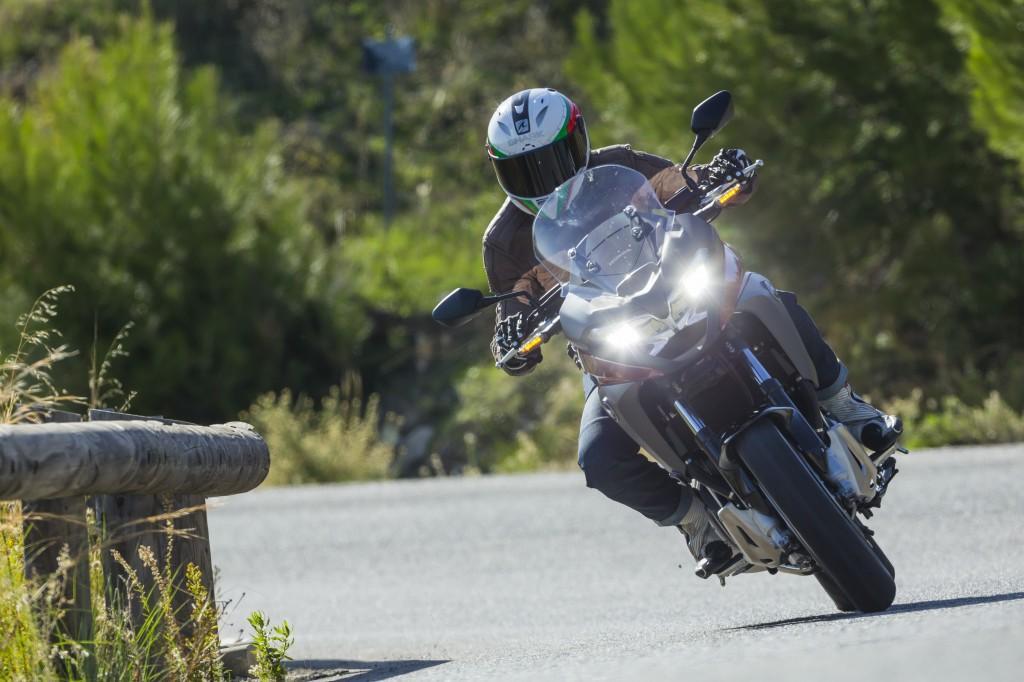 First Ride 2015 Honda Vfr800x Crossrunner Review Visordown