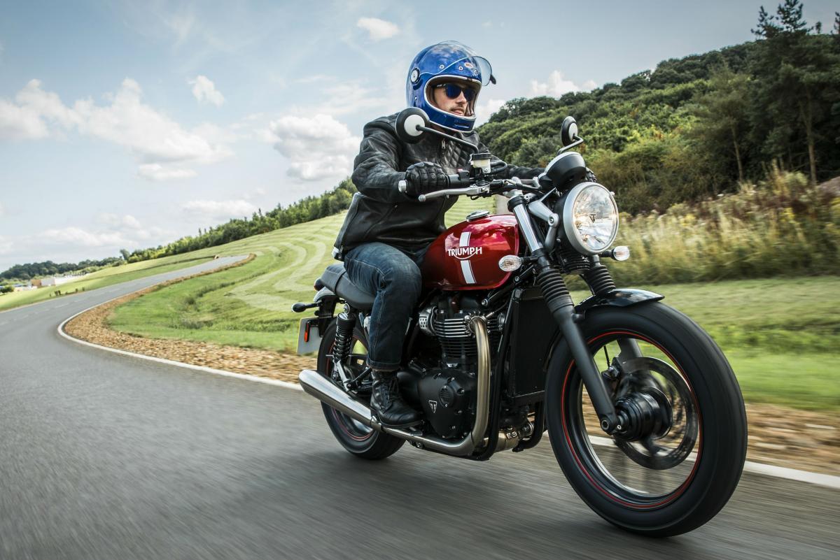 Triumph Bonneville Pricing And Specs Revealed Visordown