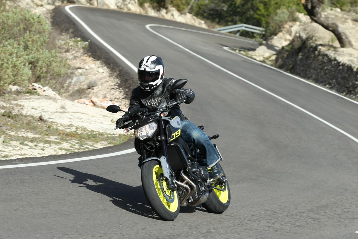 First ride: Yamaha MT-09 review | Visordown
