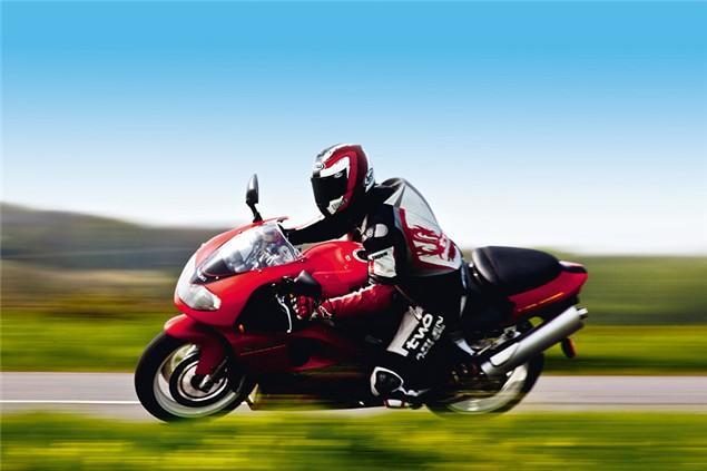 Used Test Suzuki Tl1000r Visordown