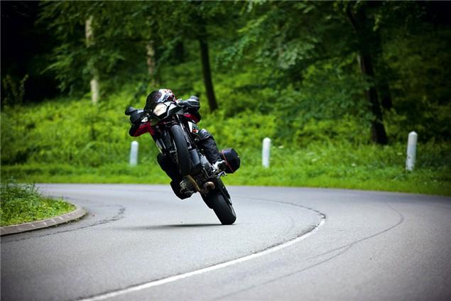 10 Of The Best Motorcycles For Big Wheelies Visordown