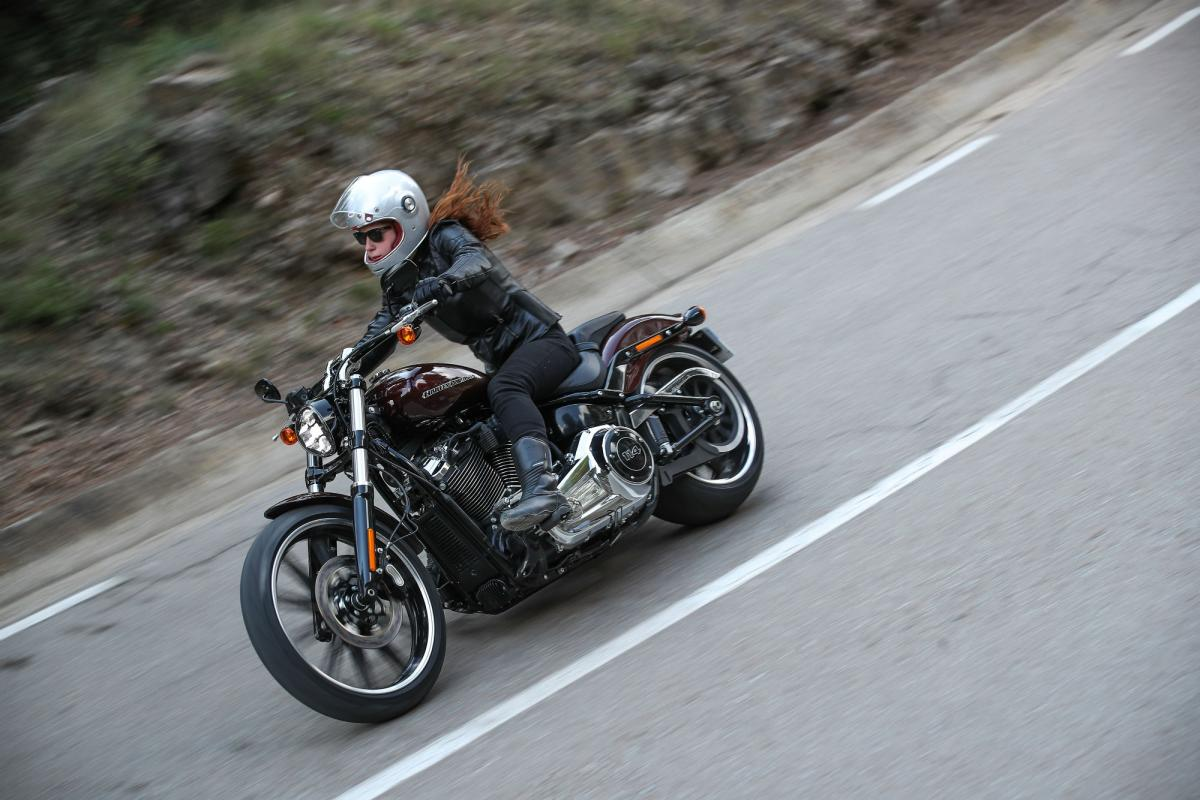 More than 1200 women to take part in female biker world record attempt