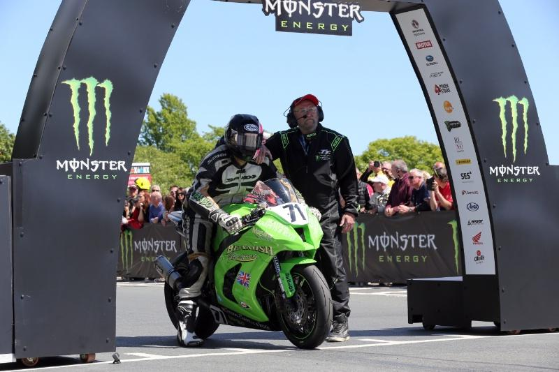 TT 2017: Davey Lambert has died