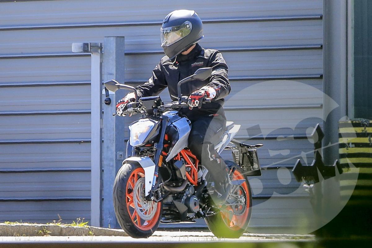 New KTM 125 Duke spied