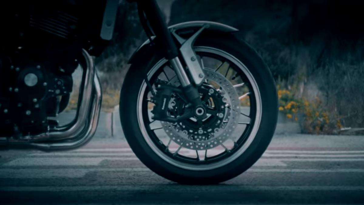 Why does Kawasaki's imminent Z900RS have higher-spec brakes than the Z900?