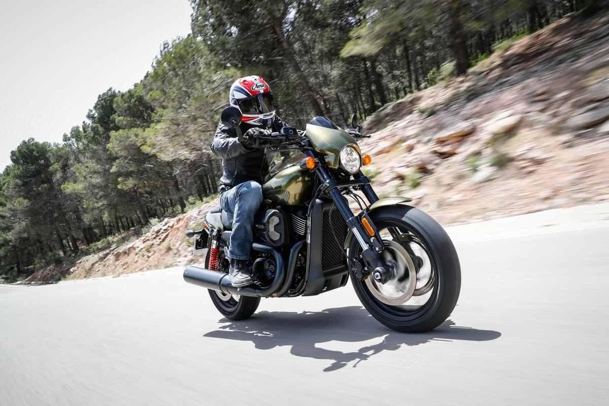Wondrous Harley Davidson Street Rod First Ride Review Visordown Pabps2019 Chair Design Images Pabps2019Com