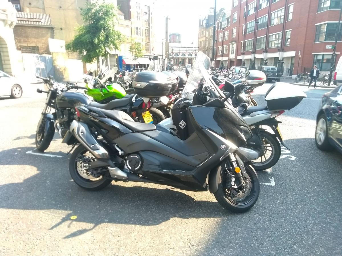 Yamaha TMAX long-term test week five: the only way to get to work