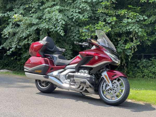 GL1800-Gold-Wing-Visordown-Review