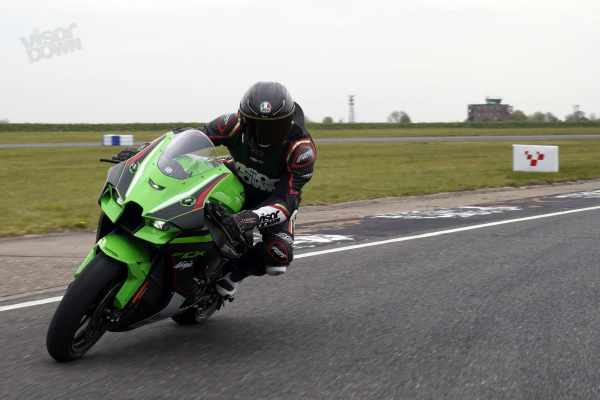 Ninja ZX-10R Visordown Review