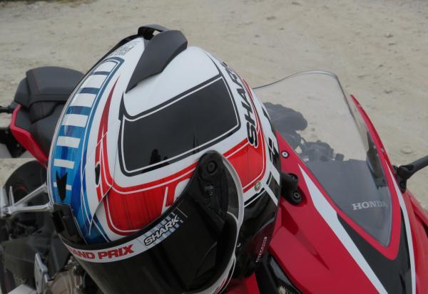 Shark Race R Pro Zarco replica review