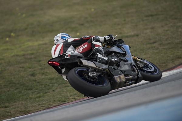 How to get ready for a trackday | Part 3 – your first sessions