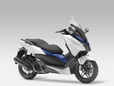 Honda Unveils New Forza 125 Scooter Visordown