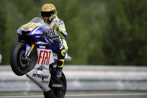Valentino Rossi - FIAT Yamaha M1