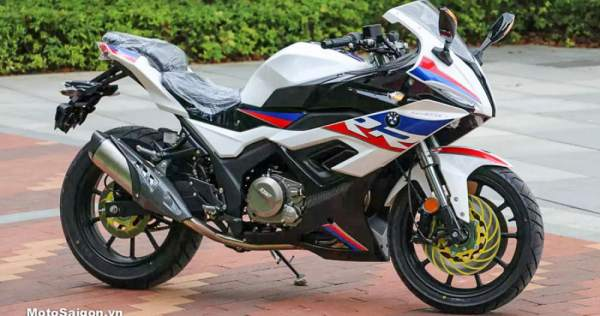 A Chinese built BMW S1000RR clone