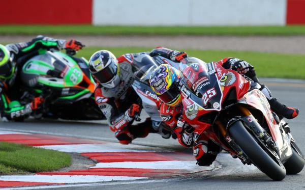 Scott Redding, Start - PBM Ducati [credit: Ian Hopgood Photography]