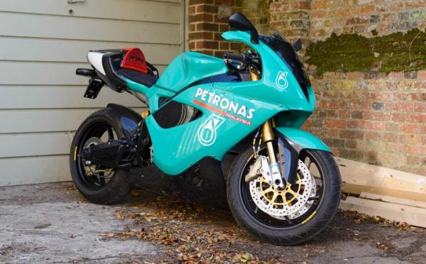 Petronas FP1 superbike