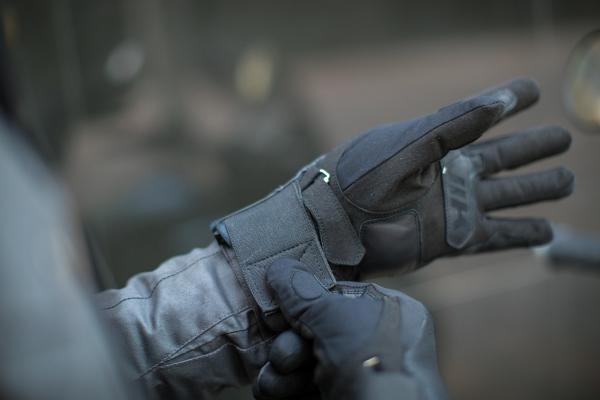 Hevik launches Rock Dark R all-weather gloves