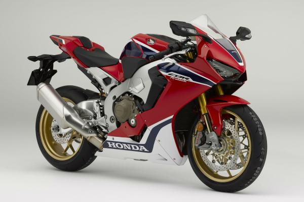 New Honda CBR1000RR Fireblade debuts at Intermot