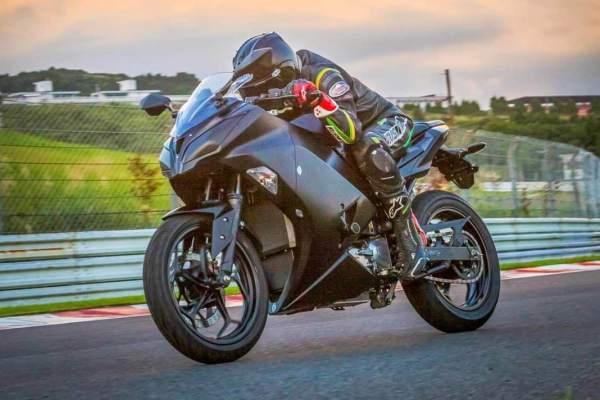 Kawasaki-EV-Endeavour-Electric-Bike.jpg
